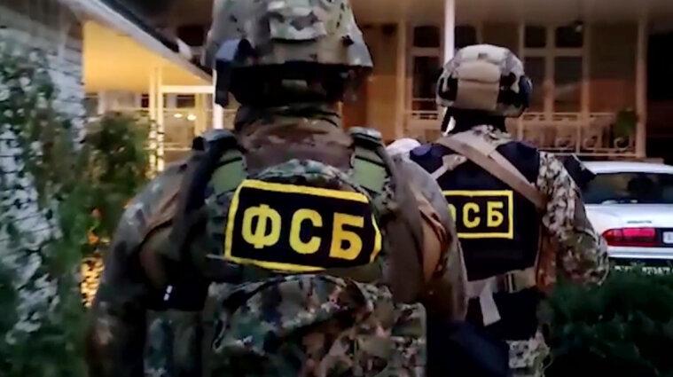 В окупованому Криму силовики затримали 74-річну матір українського активіста