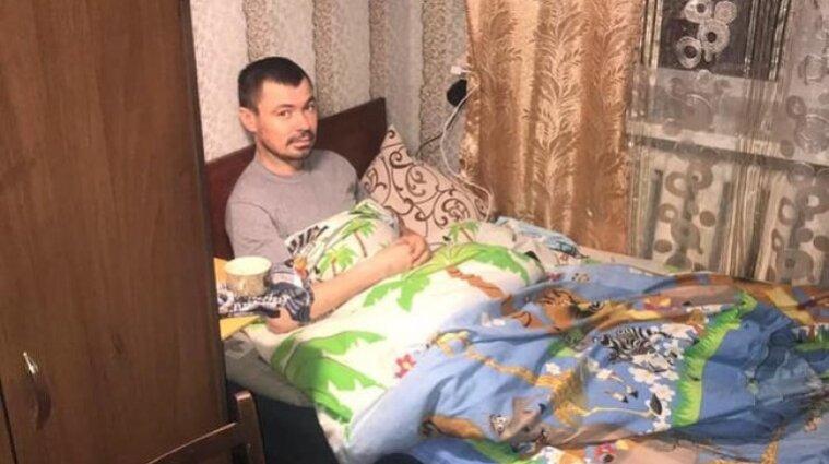 Завезли як волоцюгу до лікарні і відтяли ноги: друзі розповіли про долю військового, який потрапив під потяг у Києві