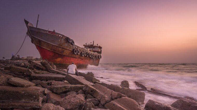 Аварія судна Arvin: доля трьох українських моряків залишається невідомою