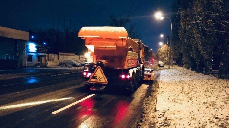 Водіїв Києва попередили про погіршення ситуації на дорогах