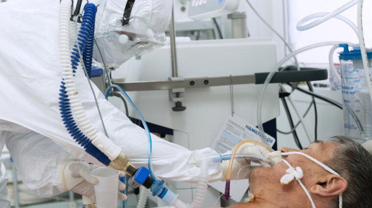 Почти семь тысяч больных коронавирусом обнаружили в Украине