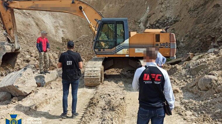 На Рівненщині розікрали родовища базальту на 70 мільйонів (фото)