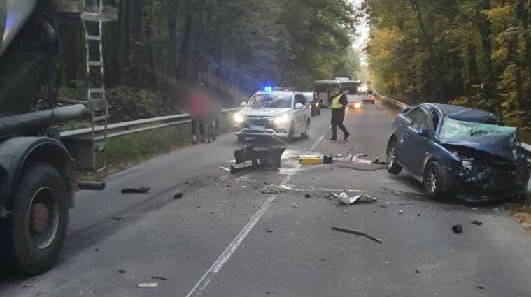 Авария с пострадавшими произошла в Киевской области: движение транспорта ограничено