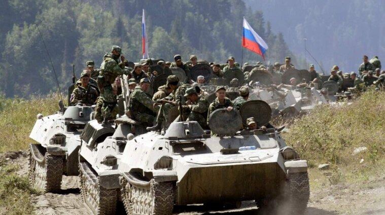 Пользуясь наводнениями РФ перебросила в Крым почти 21 тысячу военных и спецтехнику