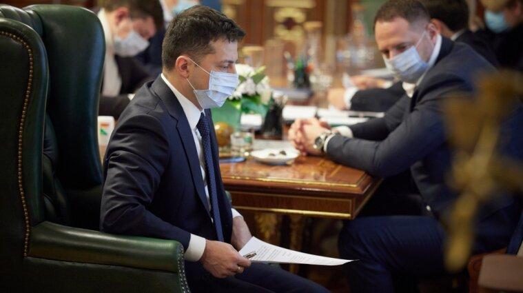 Зеленський вимагає від уряду детального плану вакцинації по кожній області