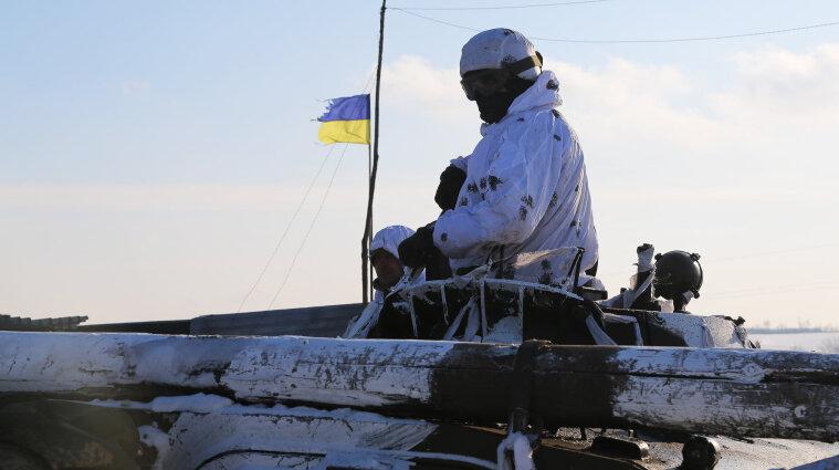 Обстріли на Донбасі: біля Пищевика загинув український воїн