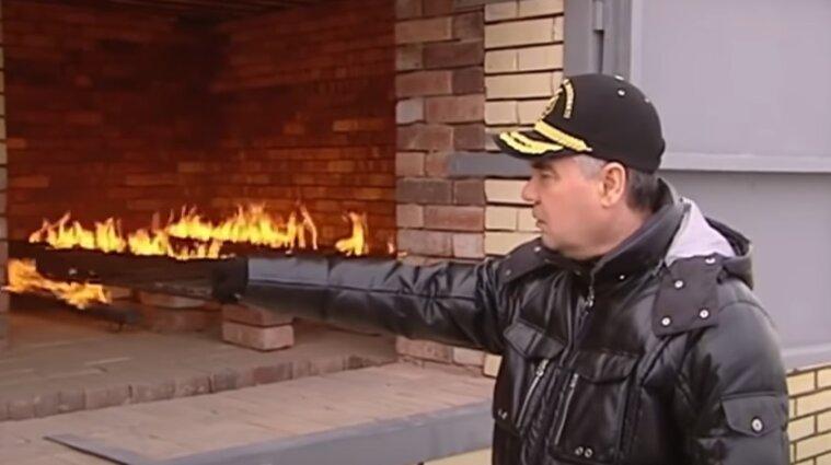 Появилось видео, как президент Туркменистана сжигает наркотики