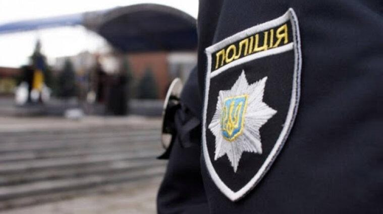 В Харьковской области мужчина ранил ножом четырех человек