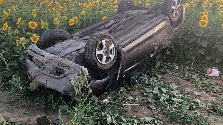В ДТП в Ровенской области пострадала семья и погибла их племянница - фото