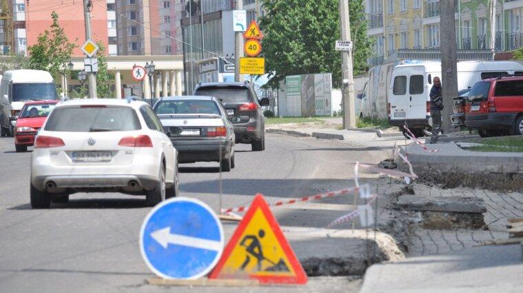 Одну из улиц Киева перекроют на выходные из-за аварийных работ