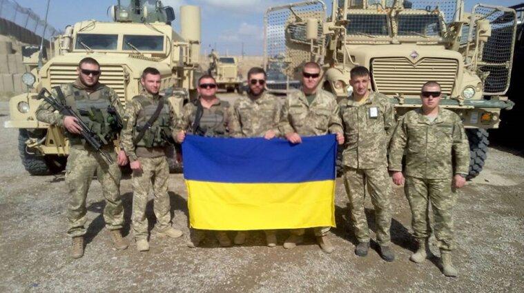 Более 20 украинских военных вернулось на родину из Афганистана