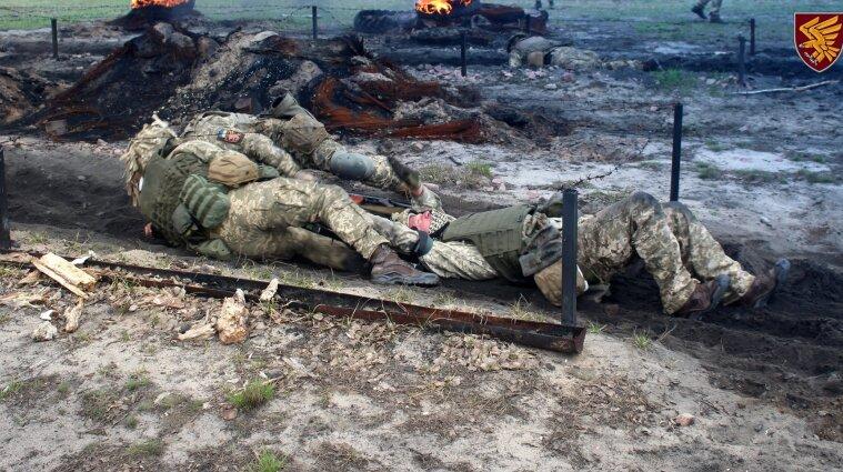 Война на Донбассе: вблизи Авдеевки ранен украинский защитник