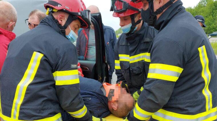 Массовое ДТП в Хмельницкой области: пять человек попали в больницу