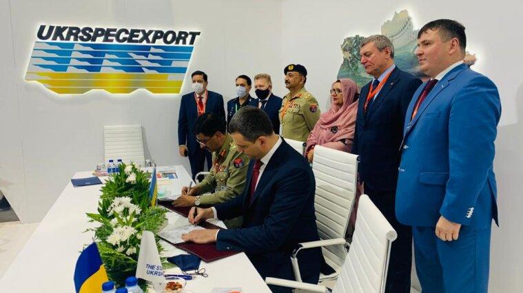 Украина заключила первый контракт в рамках IDEX-2021 на 85 млн долларов
