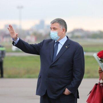Министр всех дел: 7 скандальных лет Авакова