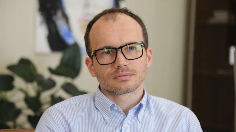Малюська прирівняв ЗМІ в Україні до зброї
