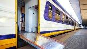 Первый инклюзивный пригородный электропоезд (фото Укрзализныця)