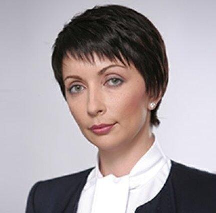 Лукаш Елена