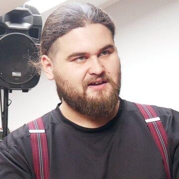 Влад Сорд: истории о фальшивом ордене и Иловайске - отвлечение внимания от сути протестов