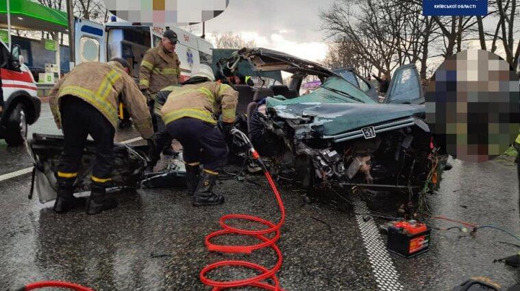 ДТП на трасі Київ – Ковель: одна людина загинула, четверо постраждали