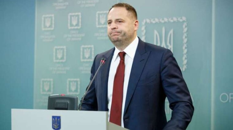 У Зеленського розповіли, чому досі не провели обмін полонених із терористами