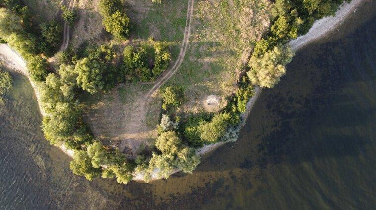 Археологи знайшли піч, якій понад 1000 років, у Херсонській області (фото)