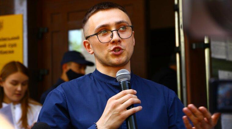 Стерненко закликав Зеленського не ховатися від відповідальності за протести