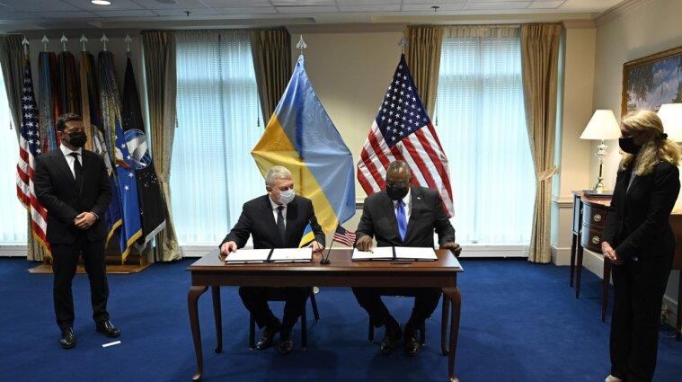 Новий етап співпраці: Україна та США підписали угоду у сфері оборони й безпеки