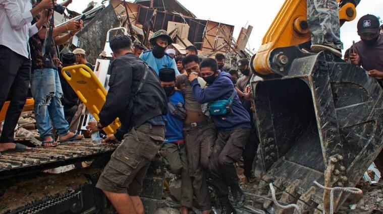 Землетрус в Індонезії: кількість жертв зросла до 42