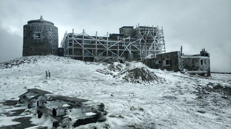 Мінус два та сніг: високогір'я Карпат зустрічає літо морозом - фото
