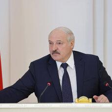 Білорусь не прийматиме українських літаків в країні - Лукашенко