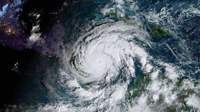 """В Центральній Америці ураган """"Йота"""" забрав життя дев'яти осіб"""