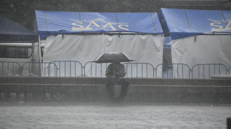Повені в Іспанії: східна частина країни занурилася під воду - відео