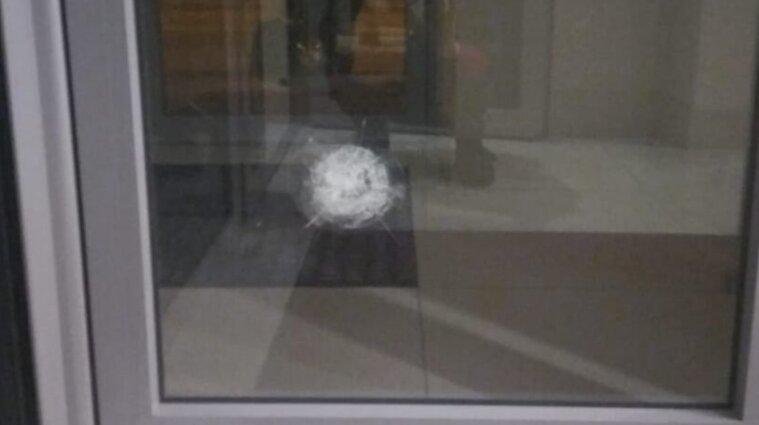 У Харкові обстріляли консульство Азербайджану