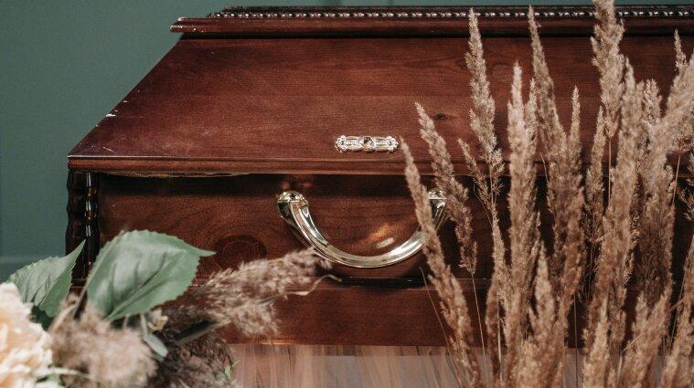 Умерших от ковида можно хоронить в открытом гробу, но есть условие
