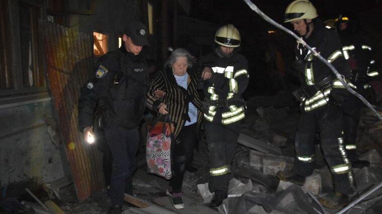 Вибух в Одесі: з-під завалів дістали двох мешканців будинку