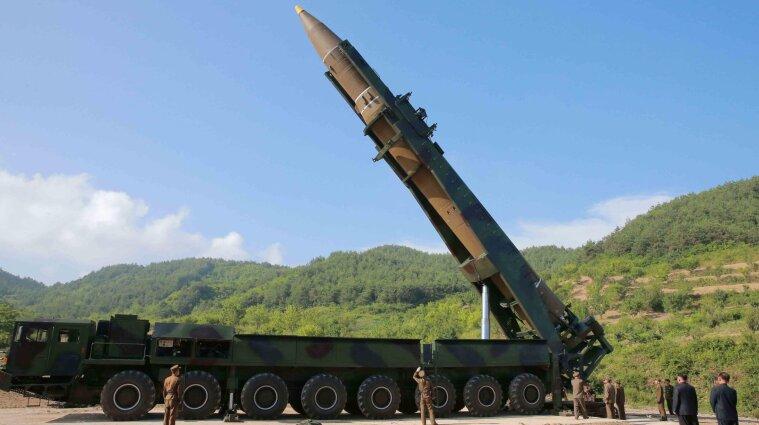 Росія хоче розмістити ядерну зброю в окупованому Криму - Міноборони