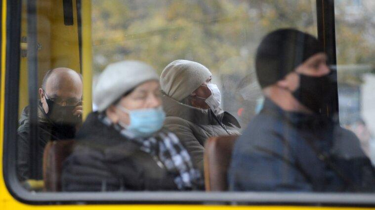 75% украинцев поддерживают штрафование безмасочников