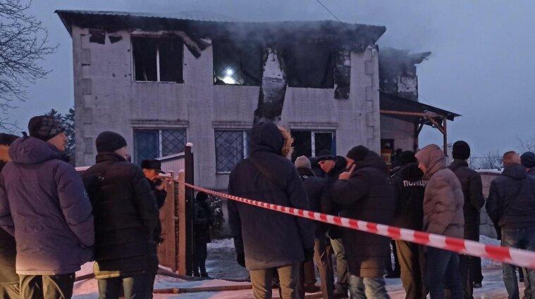 Пожежа в будинку для літніх людей: поліція затримала керівників