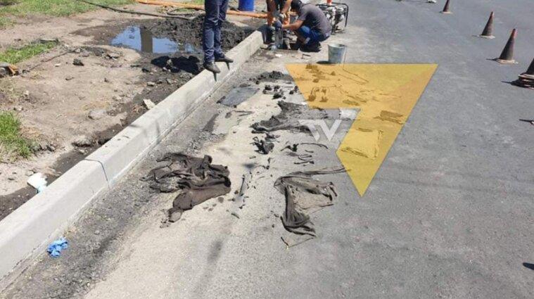 В Мариуполе в канализации нашли мешок с человеческими костями