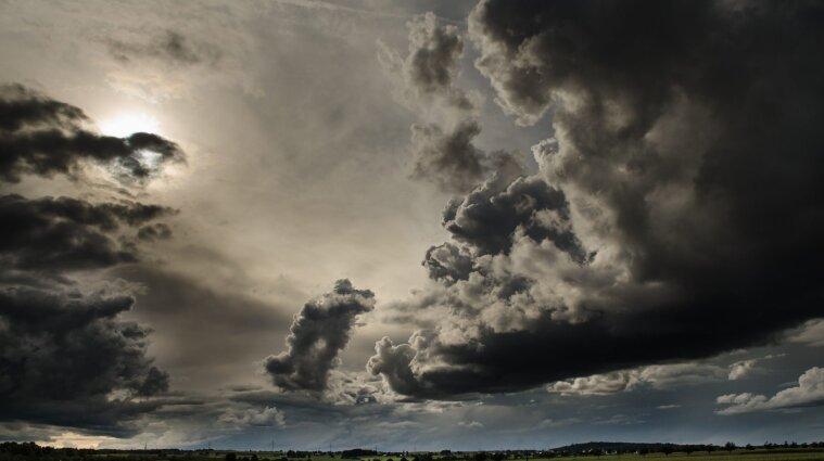 Мало дождей и тепло: синоптики сообщили о погоде осенью