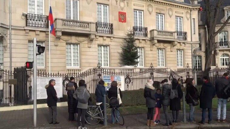 Сотрудник российского консульства во Франции украл велосипеды более чем на 100 тысяч евро