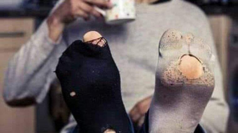 Локдаун чи лохдаун: соцмережі обговорюють заборону продажу шкарпеток і цигарок