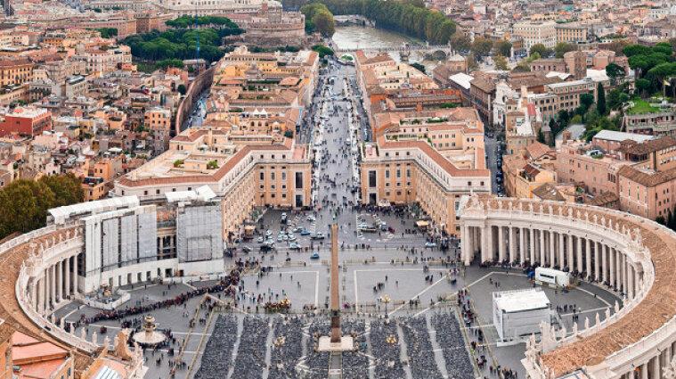 Ватикан назвал вакцину от коронавируса морально приемлемой