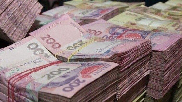У Бердянську чоловік незаконно нараховував собі додаткову зарплату