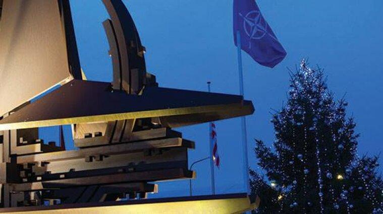 Зеленський про вступ України до НАТО: питання треба розв'язувати негайно