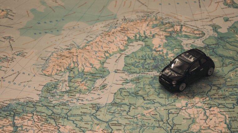 Норвегія та Фінляндія дозволили в'їзд вакцинованим українцям: умови