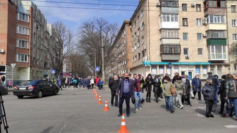 В Полтаві протестують невдоволені підприємці через карантин: перекриті вулиці