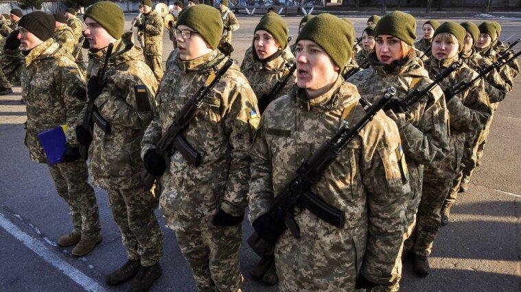 Корниенко рассказал, когда отменят в Украине обязательный военный призыв