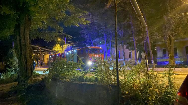 У Чернівцях сталась масштабна пожежа у ліцеї залізничного транспорту - відео